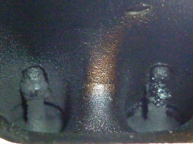 """Problém """"suchých"""" ventilů u přímých vsřiků: Zarostlé a obalené sací ventily"""