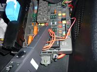 Napojení na množstevní ventil v pojistkovém boxu (Junction Box)